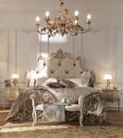 Antique and unique bedroom decorating ideas 37