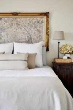 Antique and unique bedroom decorating ideas 47