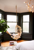Beautiful bedrooms design ideas with swing chairs 10