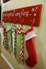 Beautiful christmas decoration ideas in red domination 17