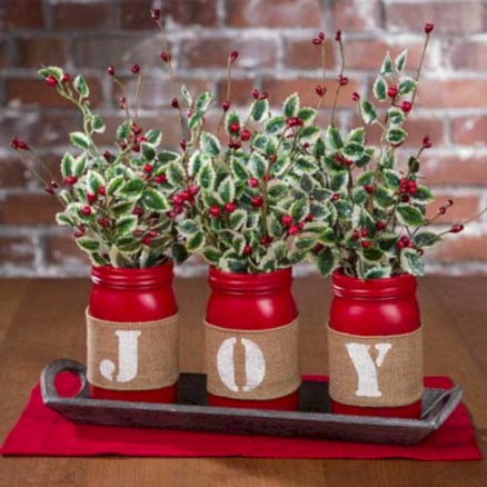 Beautiful christmas decoration ideas in red domination 43