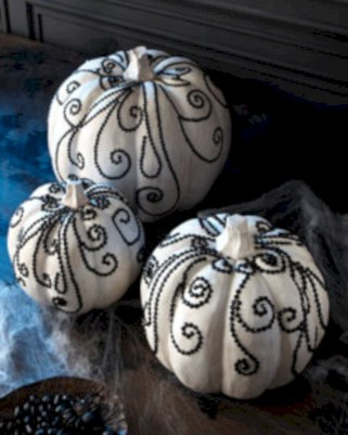 Beautiful ideas for elegant black and white halloween 46