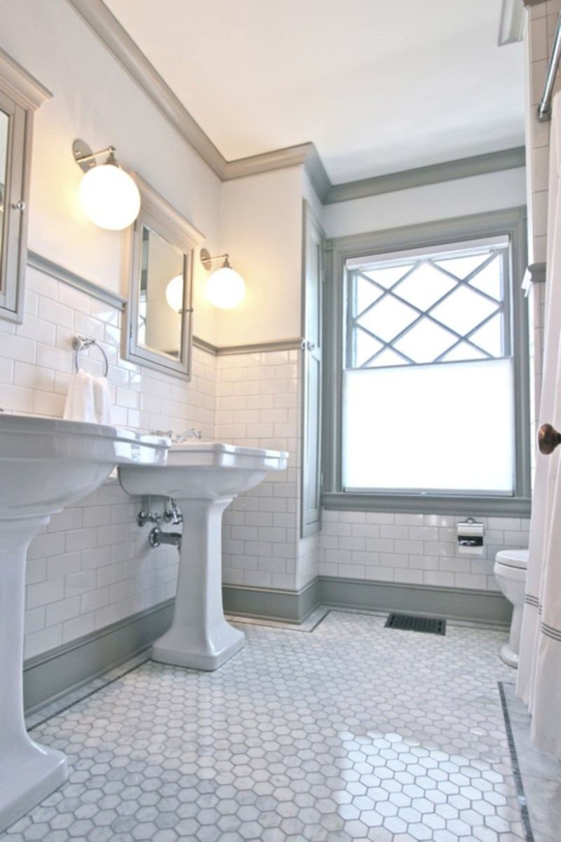 Beautiful subway tile bathroom remodel and renovation (10)