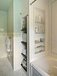 Cool organizing storage bathroom ideas (38)