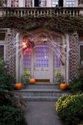 Creative diy halloween decorations using spider web 16
