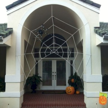 Creative diy halloween decorations using spider web 20
