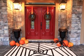 Creative diy halloween decorations using spider web 41