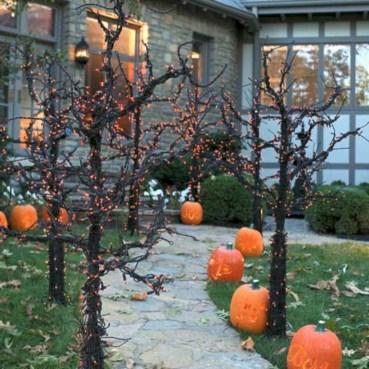 Creative diy halloween outdoor decoration ideas 18