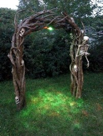 Creative diy halloween outdoor decoration ideas 50