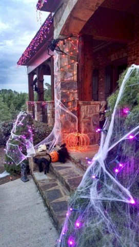 Creative diy halloween outdoor decoration ideas 52
