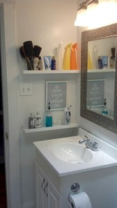 Creative storage bathroom ideas for space saving (6)