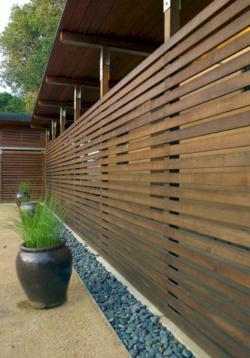 Diy backyard privacy fence ideas on a budget (11)