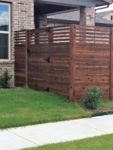 Diy backyard privacy fence ideas on a budget (29)