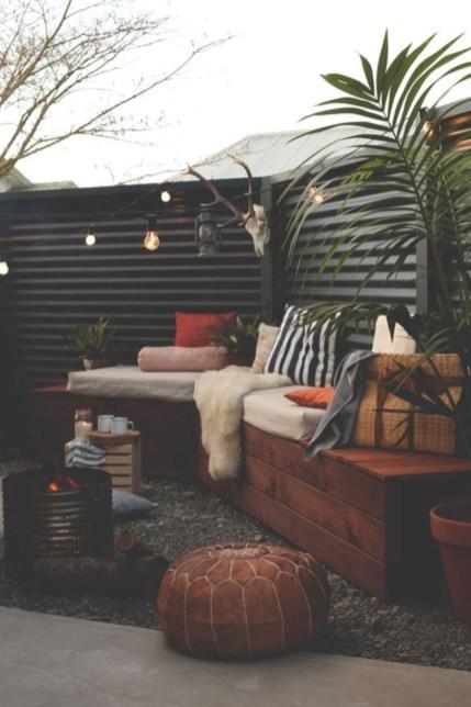 Diy backyard privacy fence ideas on a budget (47)