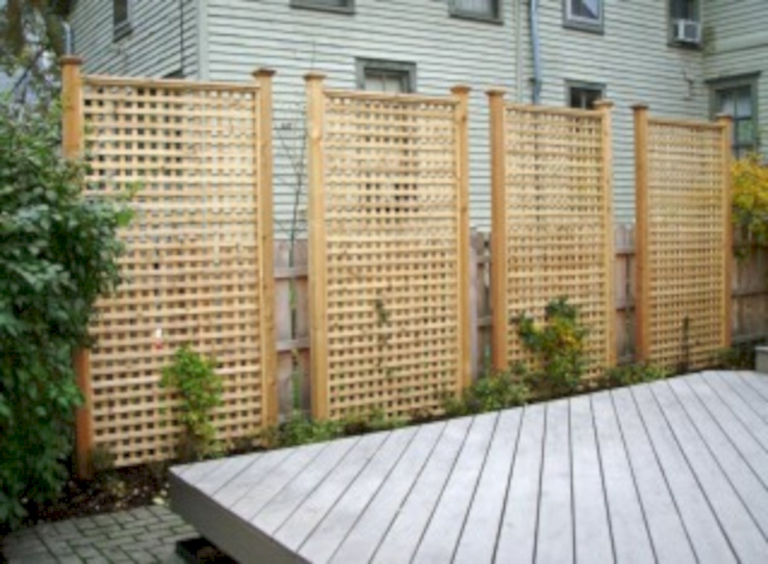 Diy backyard privacy fence ideas on a budget (59)