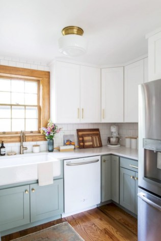 Decorate awesome kitchen with farmhouse cabinet (53)
