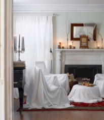 Elegant halloween living room decoration ideas 08