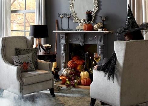 Elegant halloween living room decoration ideas 35