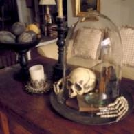 Elegant halloween living room decoration ideas 37