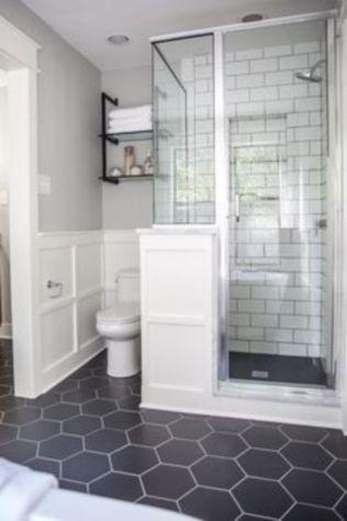 Farmhouse bathroom ideas for small space (38)