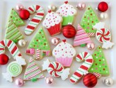 Fun and cute colorful christmas decoration ideas 08