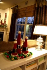 Fun and cute colorful christmas decoration ideas 27