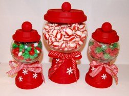 Fun and cute colorful christmas decoration ideas 33