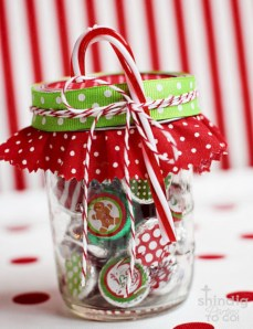 Fun and cute colorful christmas decoration ideas 41