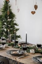Gorgeous rustic christmas table settings ideas 13 13