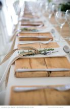 Gorgeous rustic christmas table settings ideas 43 43