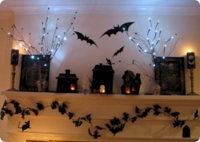 Great halloween mantel decorating ideas 18