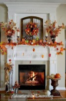 Great halloween mantel decorating ideas 19