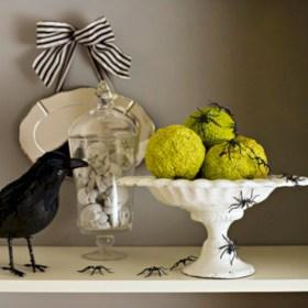 Great halloween mantel decorating ideas 34