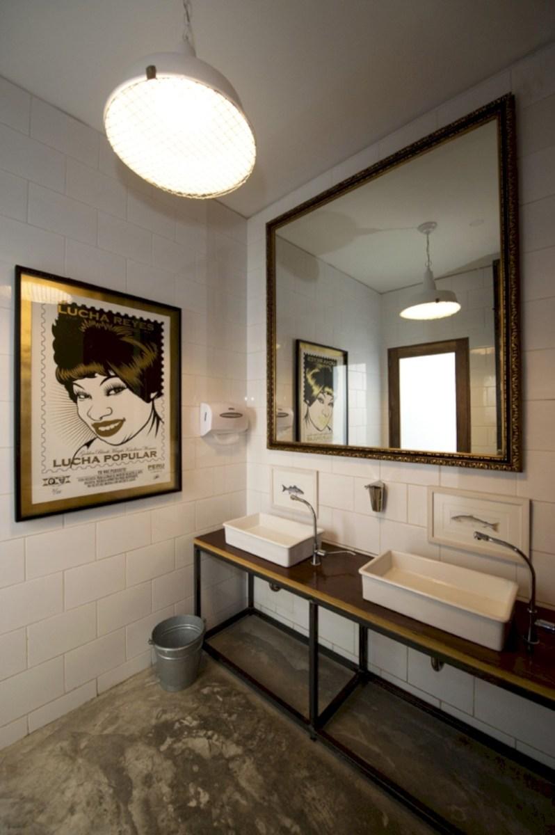 Industrial vintage bathroom ideas (38)