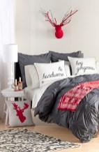 Inspiring christmas bedroom décoration ideas 02