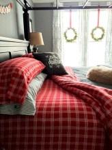 Inspiring christmas bedroom décoration ideas 04
