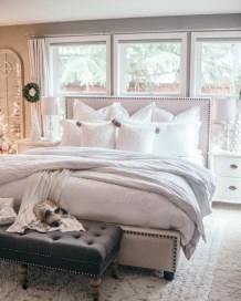 Inspiring christmas bedroom décoration ideas 05