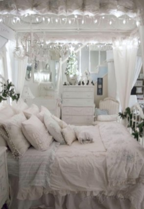Inspiring christmas bedroom décoration ideas 38