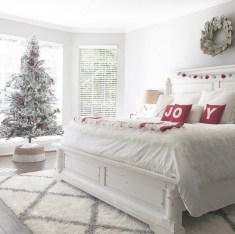 Inspiring christmas bedroom décoration ideas 51