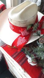 Inspiring christmas decoration ideas using plaid 47