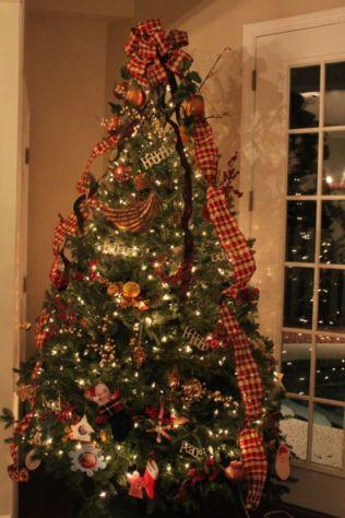 Inspiring christmas decoration ideas using plaid 53