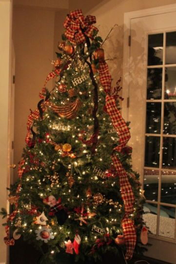 Inspiring christmas decoration ideas using plaid 53
