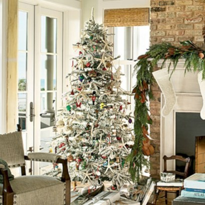 Inspiring christmas decorations ideas with traditional touch 52