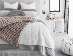 Inspiring earth color bedroom designs ideas 07