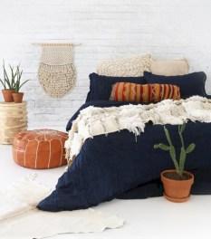 Inspiring earth color bedroom designs ideas 46