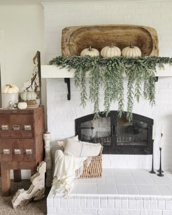 Inspiring halloween fireplace mantel ideas 47