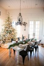 Inspiring indoor rustic christmas décoration ideas 9 9