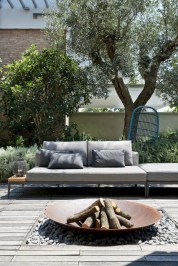 Lovely patio outdoor space ideas on a minimum budget (15)