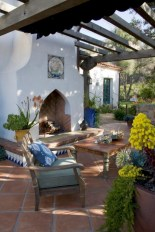 Lovely patio outdoor space ideas on a minimum budget (17)
