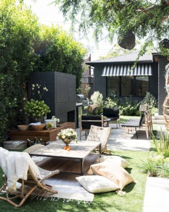 Lovely patio outdoor space ideas on a minimum budget (35)